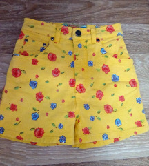 Детски жолти шорцеви(бр.152)