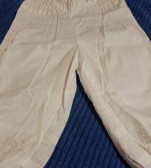 Novi pantaloni 6-7god.