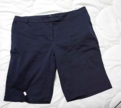 Teget dokolena pantaloni br 20 ili xxxl
