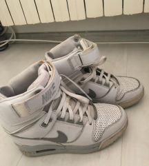 Nike platforma 38