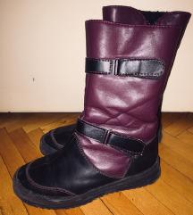Нови чизми детстки!