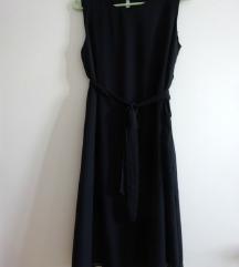 Crn fustan