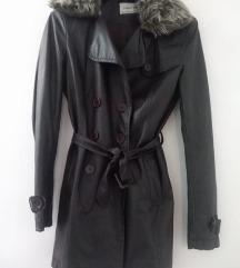 Novo palto/mantil
