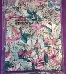 Нови женски кошули, сите величини, спакувани