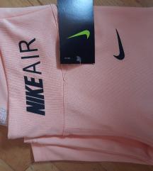 Nike helanki