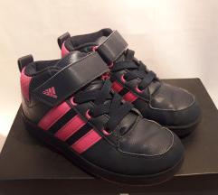 Патики Adidas 31