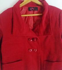 Црвен капут