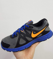 Nike moderni patiki br 35 kako novi