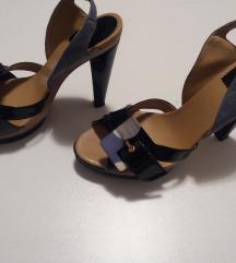 Shtosni sandali