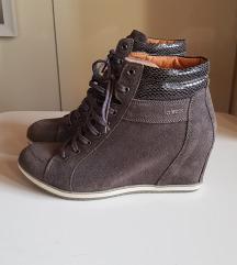 Чевли Geox