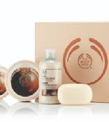 THE BODY SHOP scrub & soften luxury