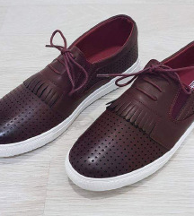 Нови машки чевли број 42