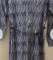 Nov fustan vel.36/38/40