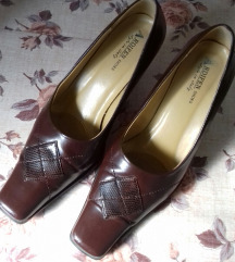 Koženi čevli br.38