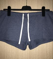H&M кратки шорцеви