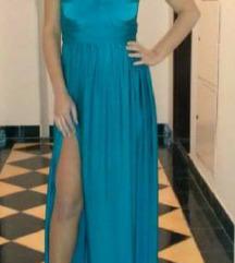 Svecen tirkiz fustan