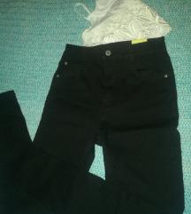 NOVI Crni Pull&Bear farmerki