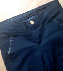 Teget novi pantaloni
