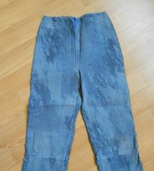 Pantaloni 3-4 god