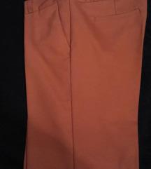 NOVI z.pantaloni trendovska boja