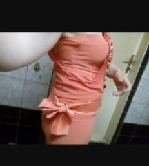 Svecem fustan
