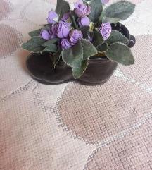 kondura porcelanska so cveke