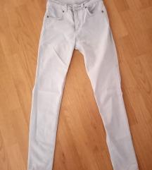 Светли панталони