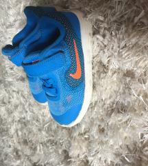 Патики Nike 21