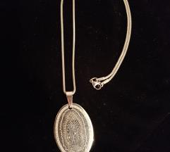 Titanium lanec so medaljon