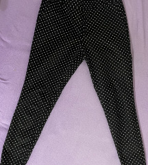 Pantaloni tockasti