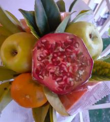 Букет од овошје