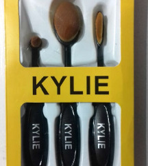 Kylie Blending brushes