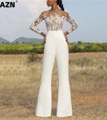Elegantni beli pantoloni