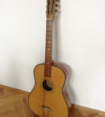 Акустична гитара