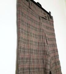 Novi tricetvrt pantoloni S 250 ден %%%%