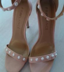 NOVI  sandalki