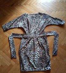 Нов  animal print фустан