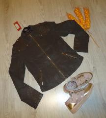 Nova jakna (so etiketa)