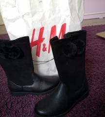 H&M cizmi 33