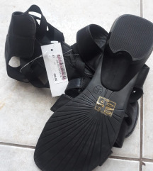 Novi sandali 41