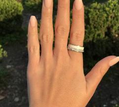 Prsten od medicinski celik
