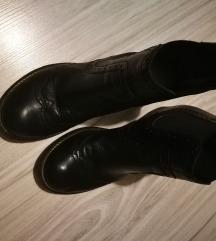 Кожни чизмички