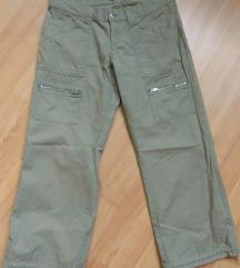 Roxy kapri pantaloni S