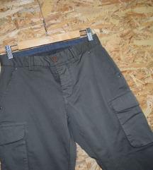 NOVO Maslinesti kargo pantaloni