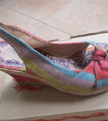 LEN-interesni sandali