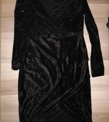 crn plisan fustan
