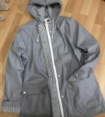 ZARA jakna moderna 700 DENARI
