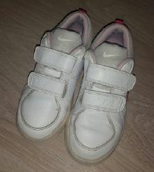 Nike детски патики број 31