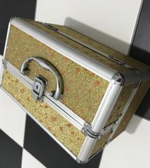 kuferce za sminka