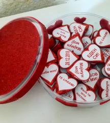 Kutija so srce cokolatca!